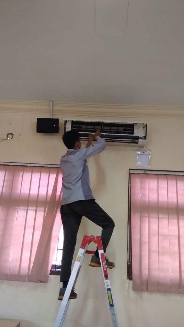 Maintenance Troubleshooting AC - Raffles Independent School